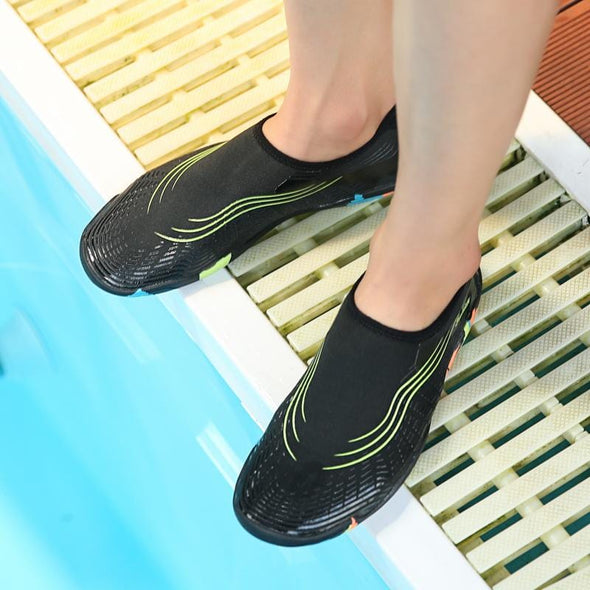 Women and Man Water Shoes Quick-Dry Aqua Socks