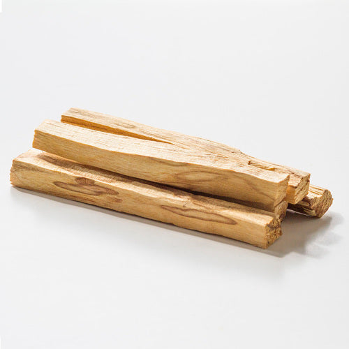 SUSTAINABLY SOURCED PALO SANTO STICKS