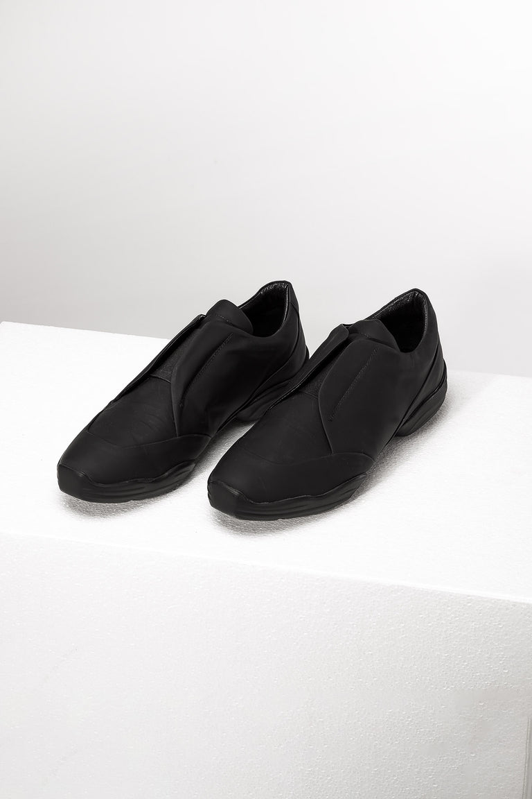 Black Matte Low-Top Shoes