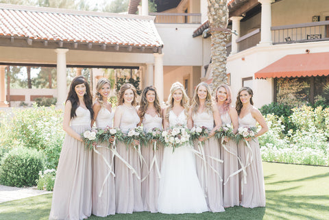 These lovely ladies nailed the bouquet positioning!