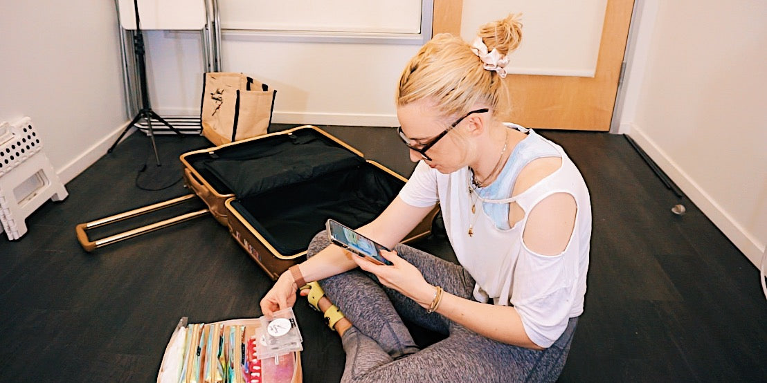 nail artist packing for mobile service