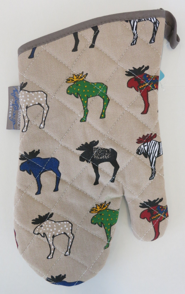 Tan Oven Mitt w/ Colorful Moose Herd Pattern