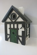 Birdhouse - Black/White/Green