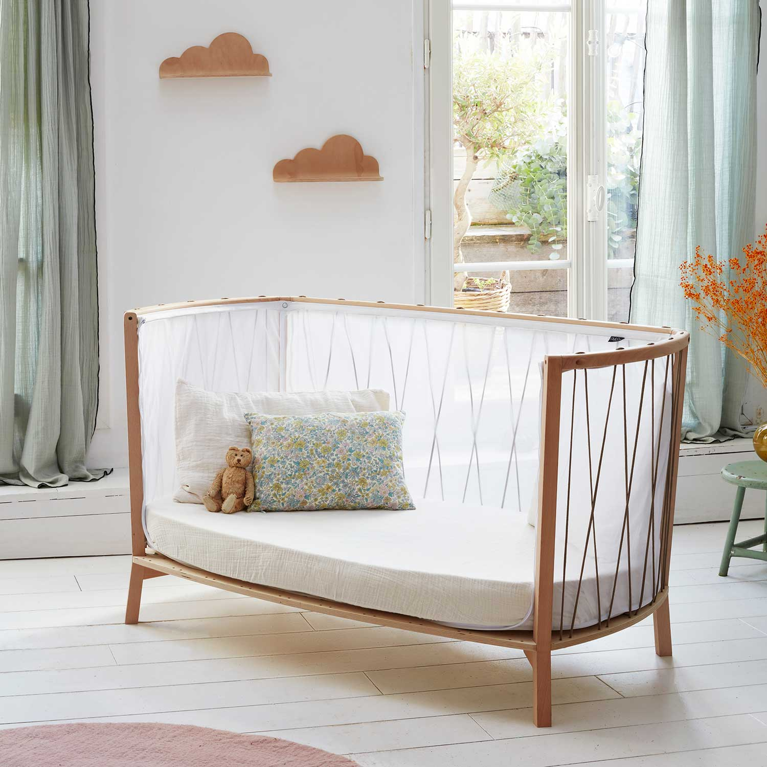 Charlie Crane Childs Bed, the Kimi with open side