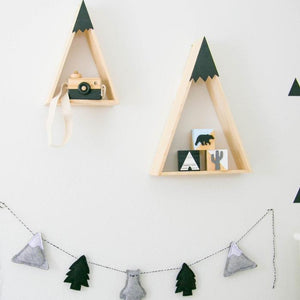 Bears and mountains garland - Designooks- Decorating made easy