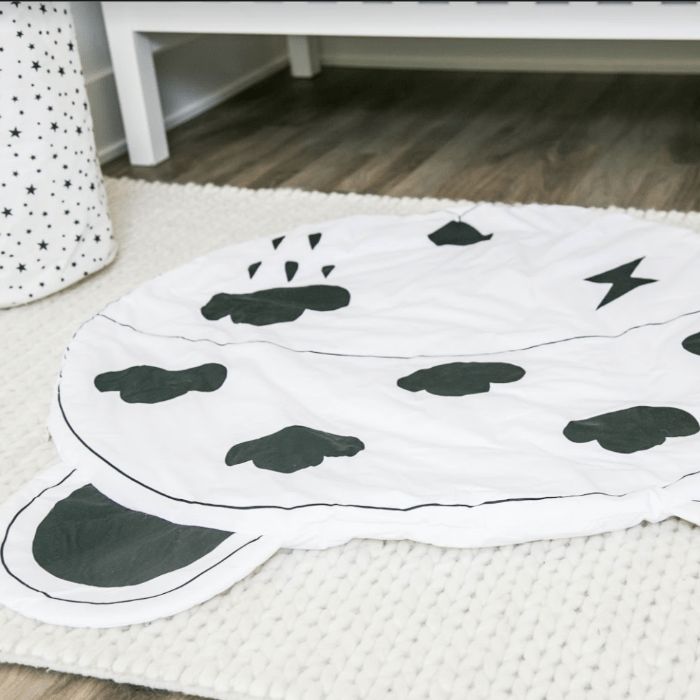 Lightning Play mat - Designooks- Decorating made easy