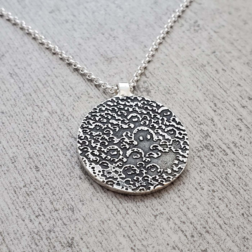 Andy Ale Small Circle Necklace