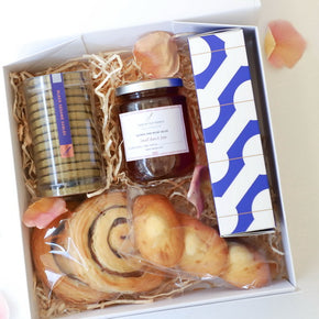 Mother's Day gift box | Gift basket | Option A
