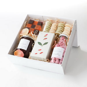 Mother's Day gift box | Gift basket
