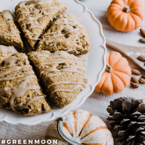 Pumpkin scones with maple icing