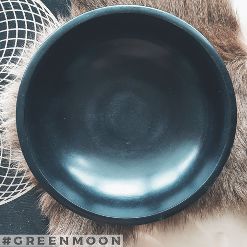Black Stone Scrying Bowl - Green Moon Apothecary Ltd