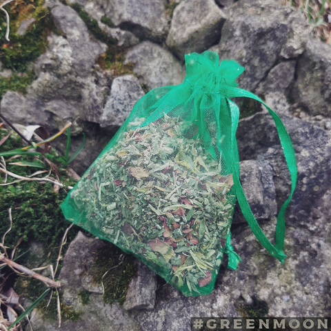 Divinatory Dreams Herbal Blend - Green Moon Apothecary Ltd