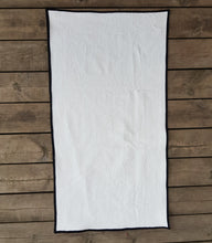 Load image into Gallery viewer, Tour towel PROTO