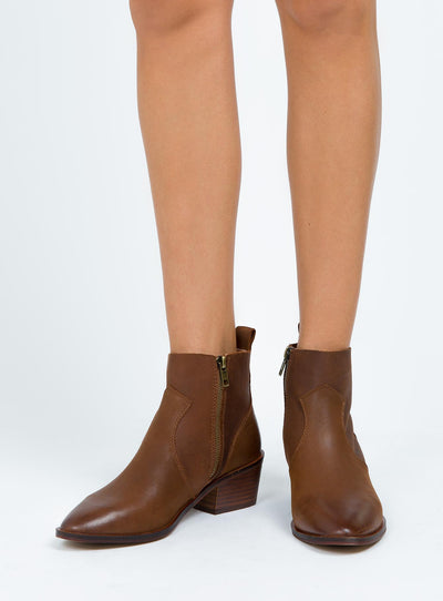 Windsor Smith Tan Jesse Boots