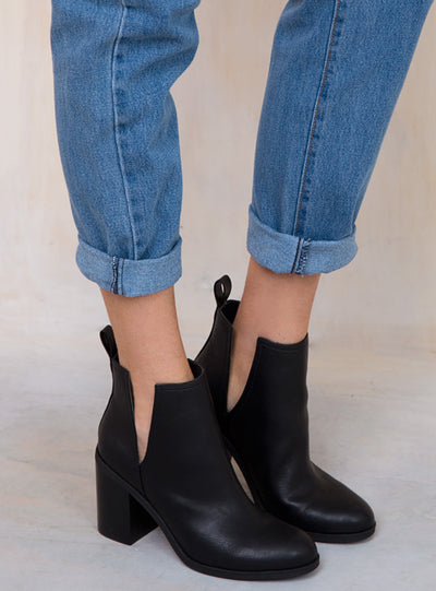 Lipstik Nerro Boot Black