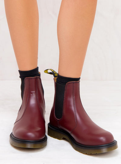 Dr. Martens 2976 Smooth Chelsea Boots Cherry Red