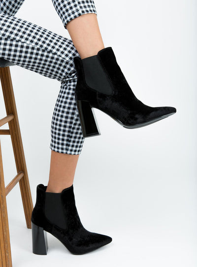 Therapy Black Velvet Suddley Boots