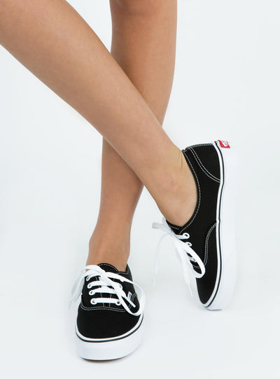 Vans Black Authentic