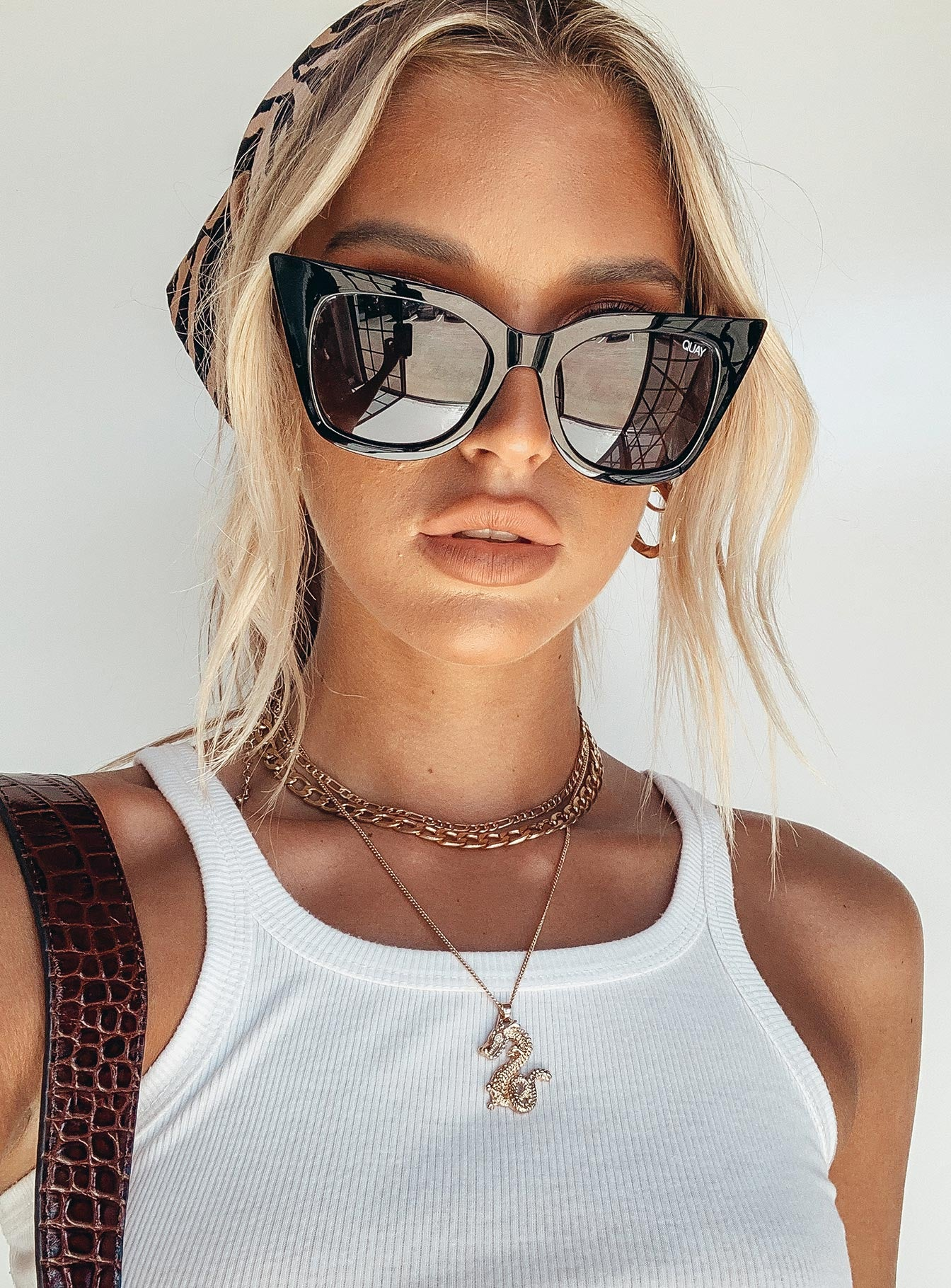 Quay Australia Harper Sunglasses Shiny Black / Smoke