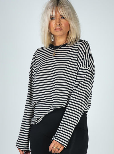 Afends Noa Hemp Oversized Long Sleeve Tee