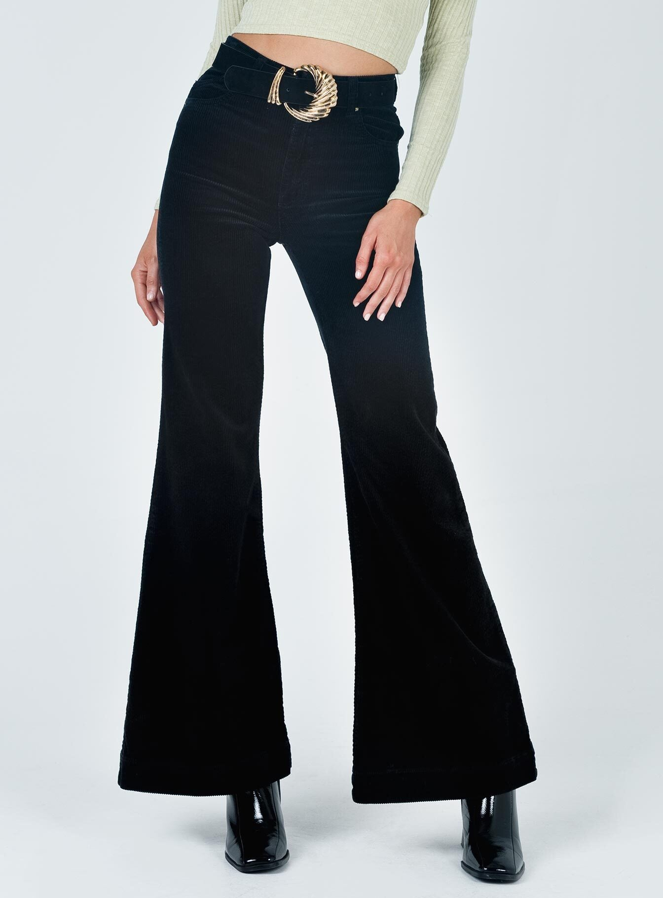 Rolla's Eastcoast Flare Velvet Black Pants