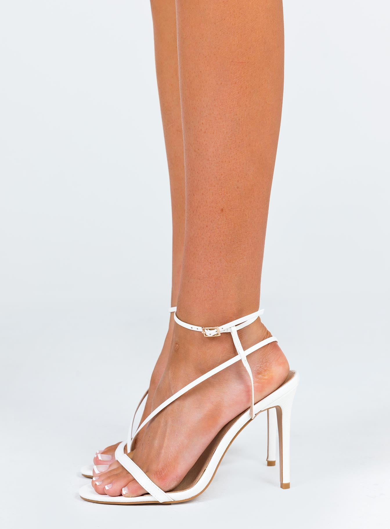 Billini Tawnie Heels White Scale