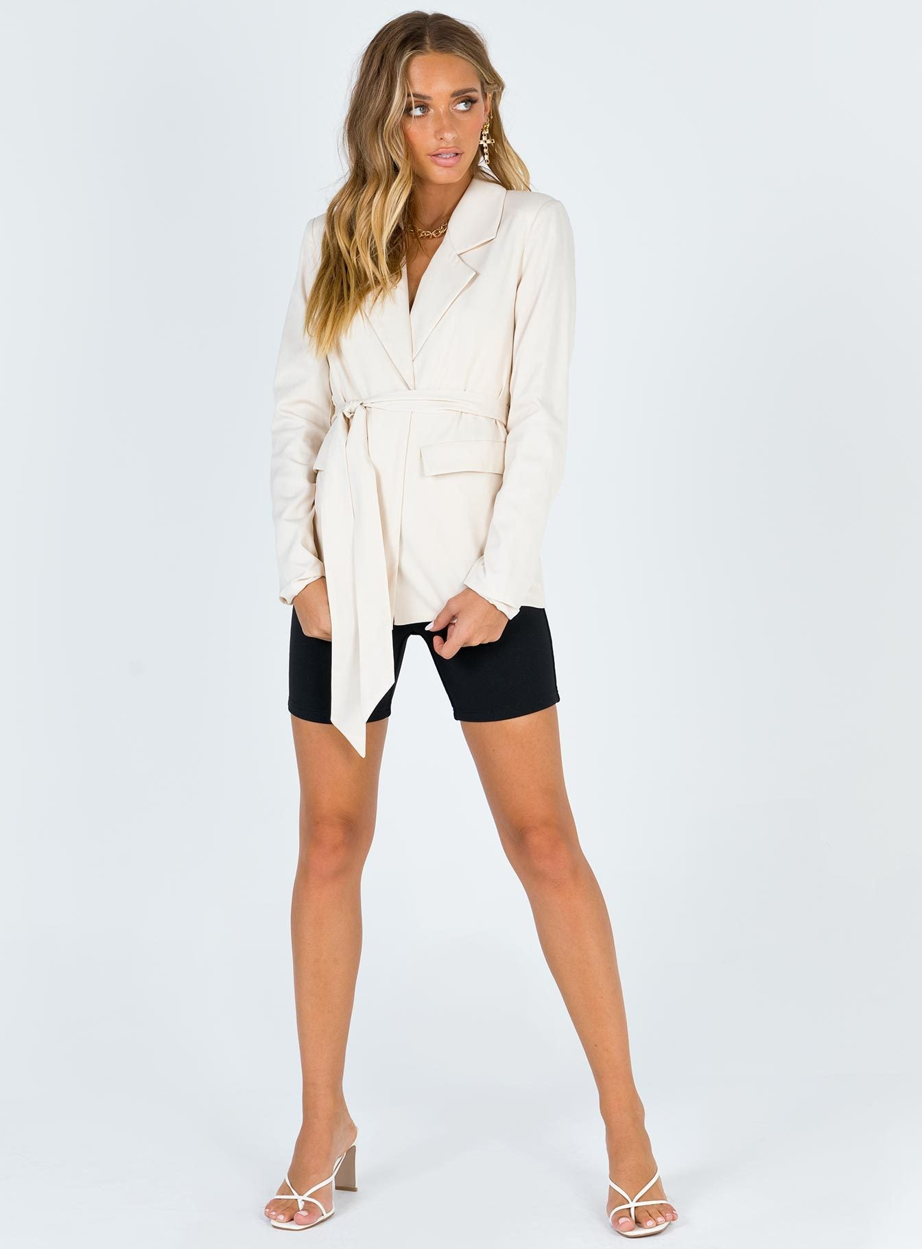 The Thea Blazer
