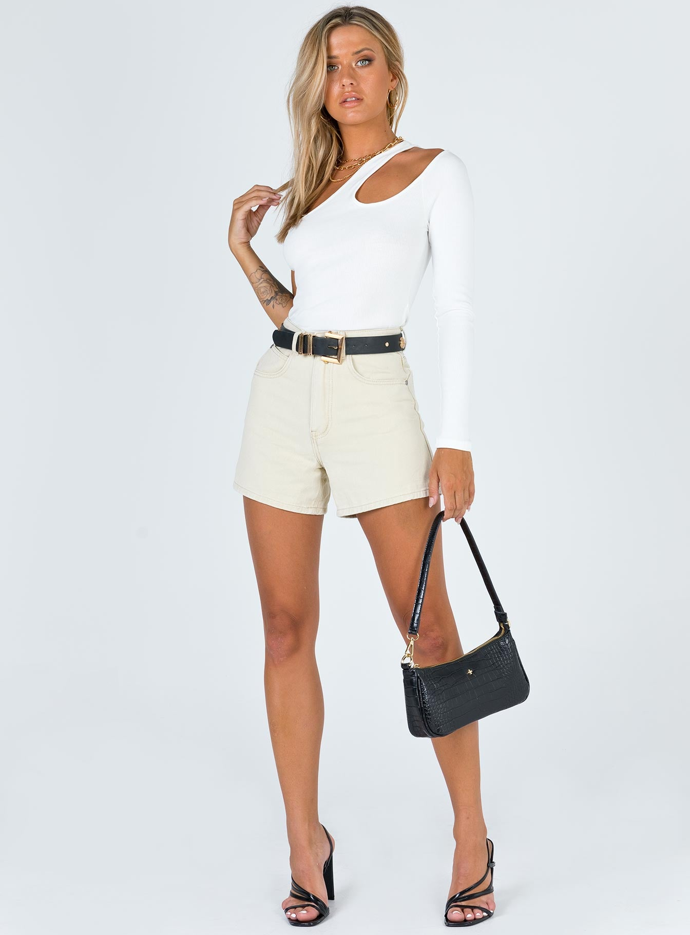 The Swalla Shorts Beige