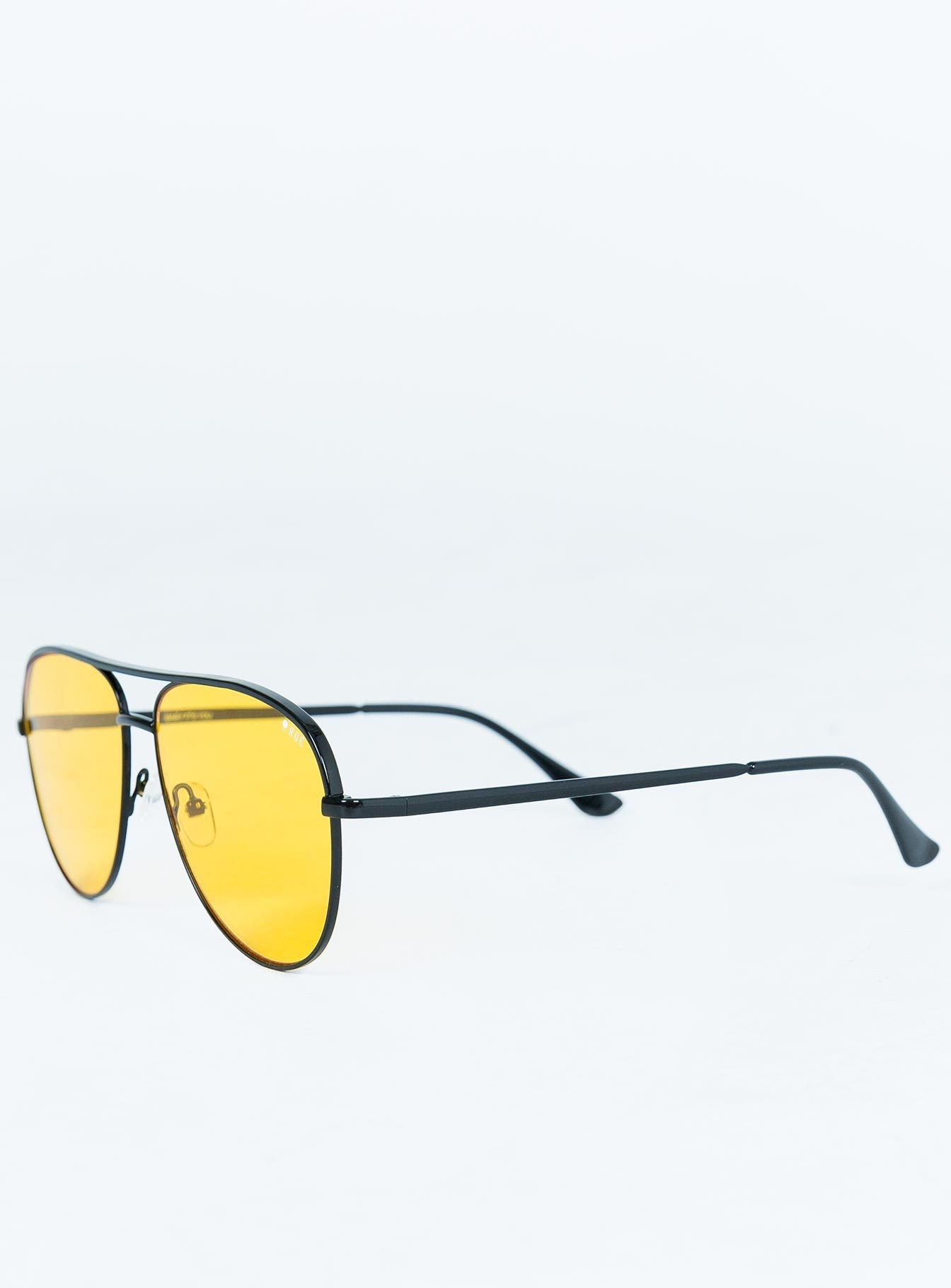 Baby Its You Sunglasses Black / Yellow