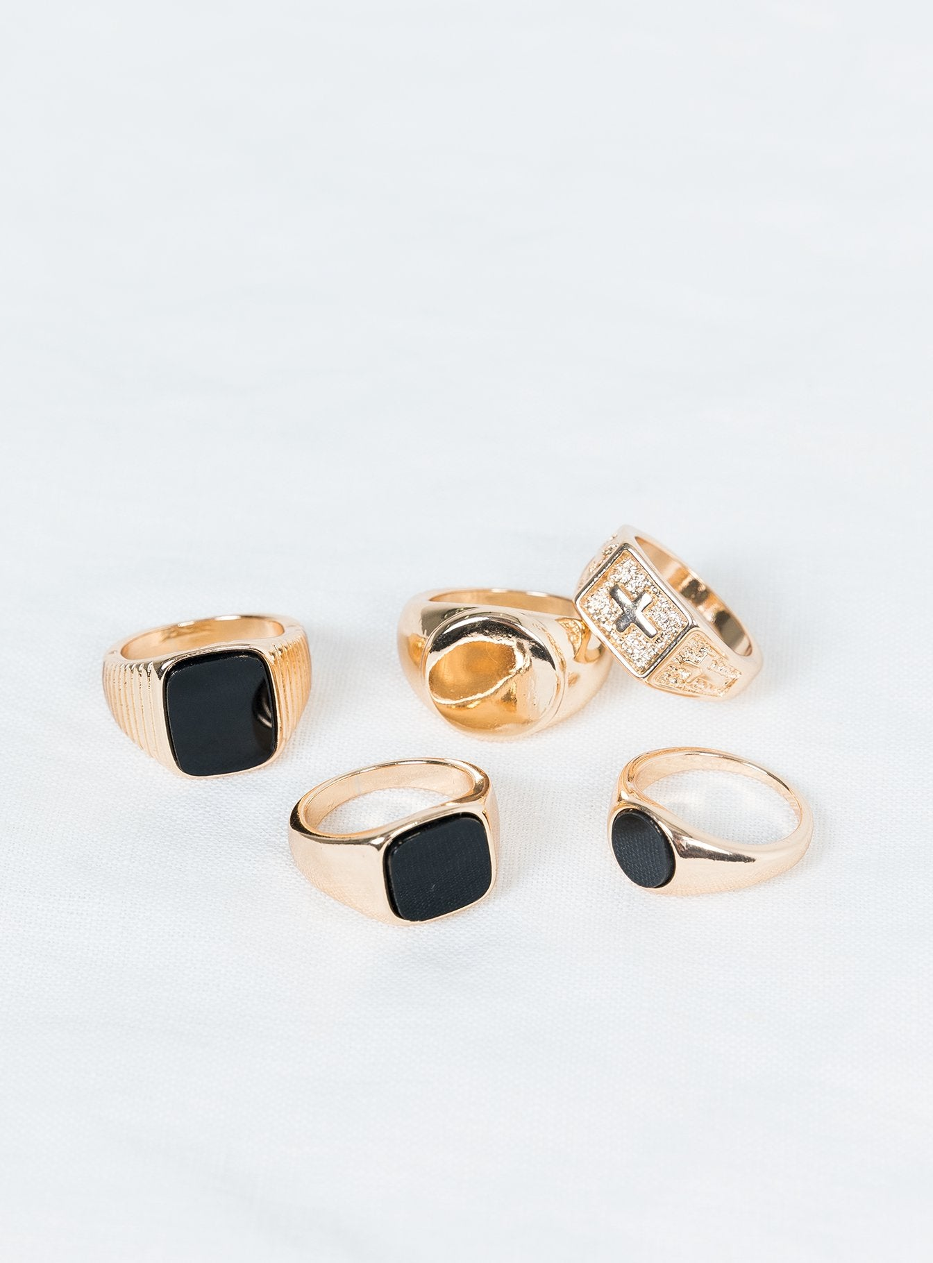 The Bobolas Ring Set