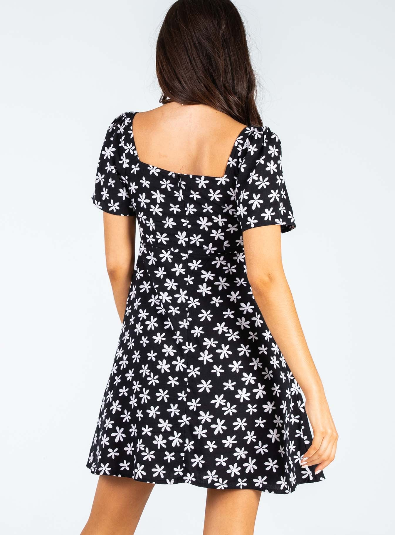 Motel Thalia Mini Dress 90's Daisy Black
