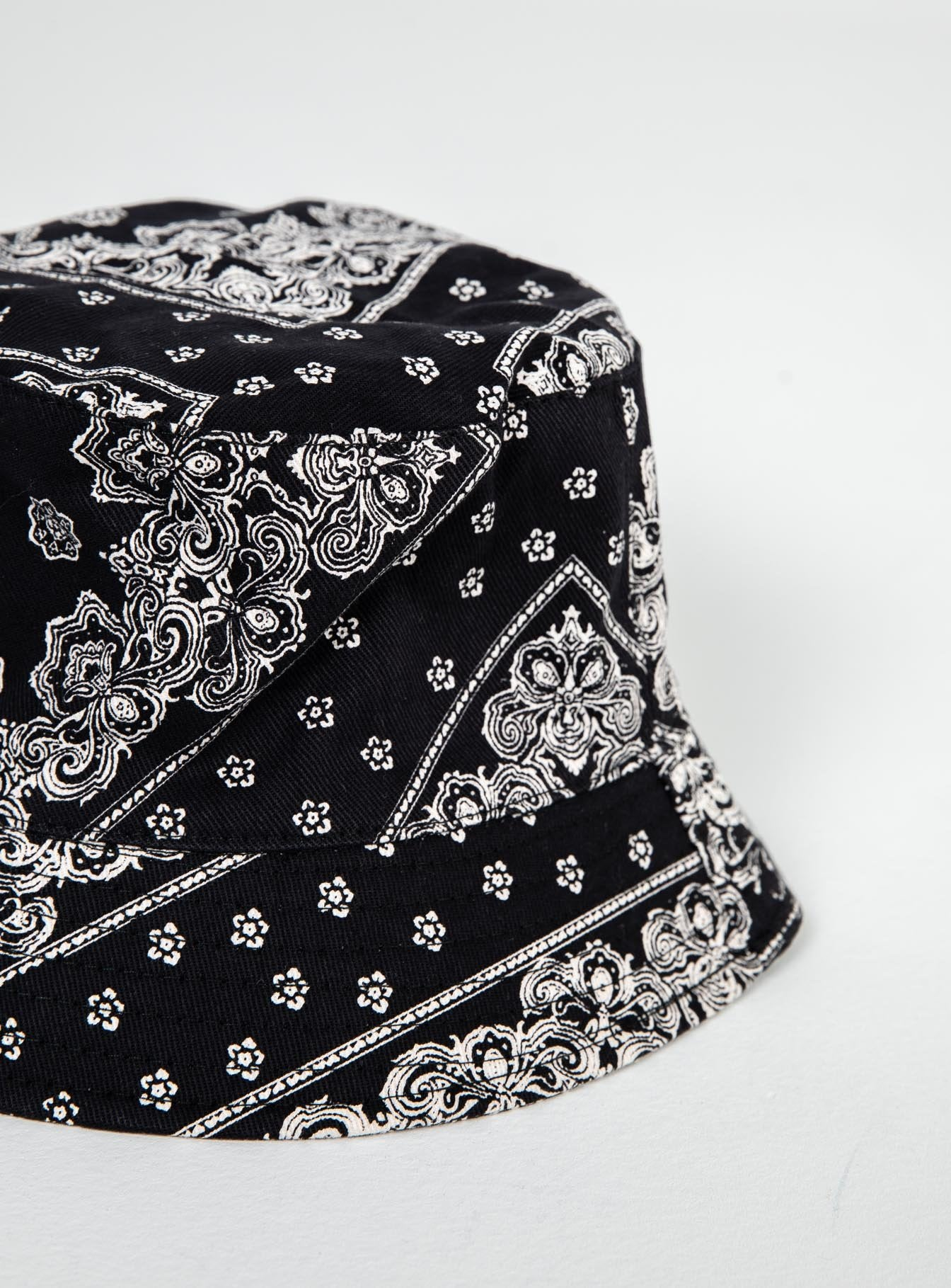 Motel Bucket Hat Bandana Black