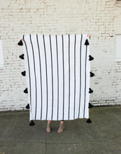 "Load image into Gallery viewer, Nora [60"" x 50"" throw blanket]"