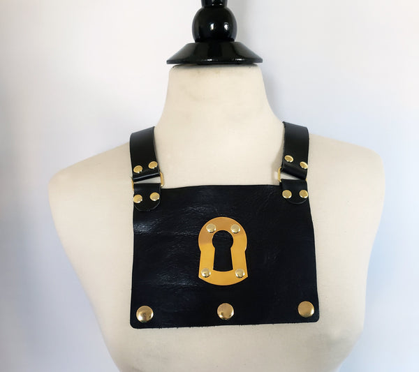 Beny Hart. Beny BiB #1. Can be put on the Beny Corset and Beny Dress, to complete the Beny look. The Beny BiB is interchangeable and come in a variety of colors & styles.