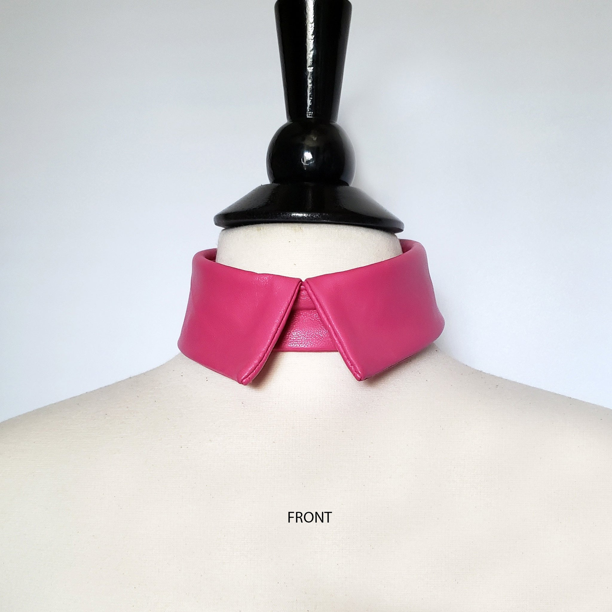 Beny Hart. Leather detachable collar in pink. Limited edition. True fashion statement!