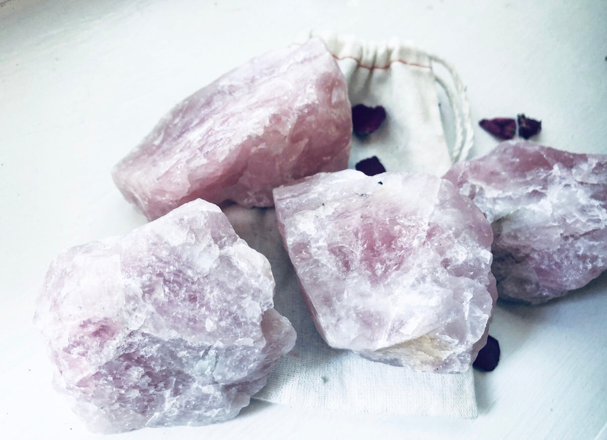 ROSE QUARTZ  HEALING CRYSTAL Love + Attraction
