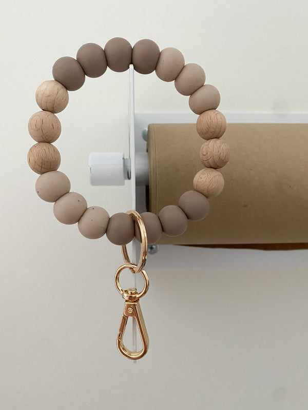 sandy brown, speckled oat + beech wood // bracelet keychain