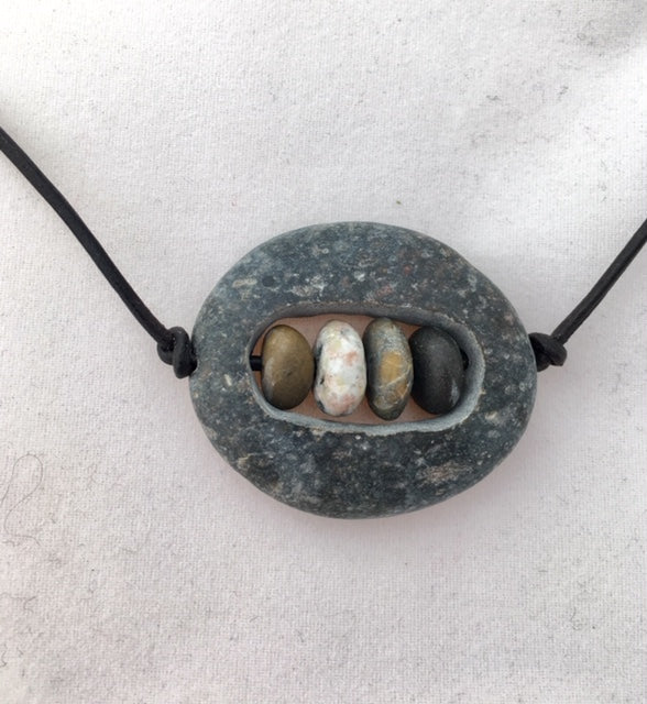 Beach Rock Nest necklace
