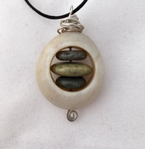 Beach Rock Nest pendant