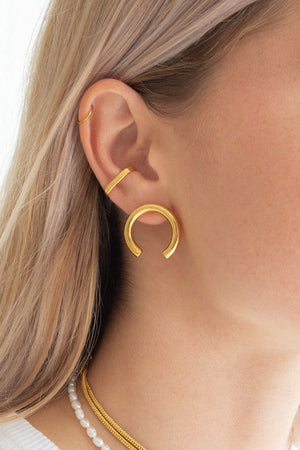 ISA EARRINGS | GOLD | FLASH JEWELLERY NZ | Jewellery NZ | Black Box Boutique Auckland | Womens Clothing NZ
