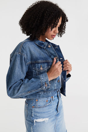 Crop Dad Trucker | Dad Tom | Denim NZ | LEVI'S NZ | Black Box Boutique Auckland | Womens Fashion NZ