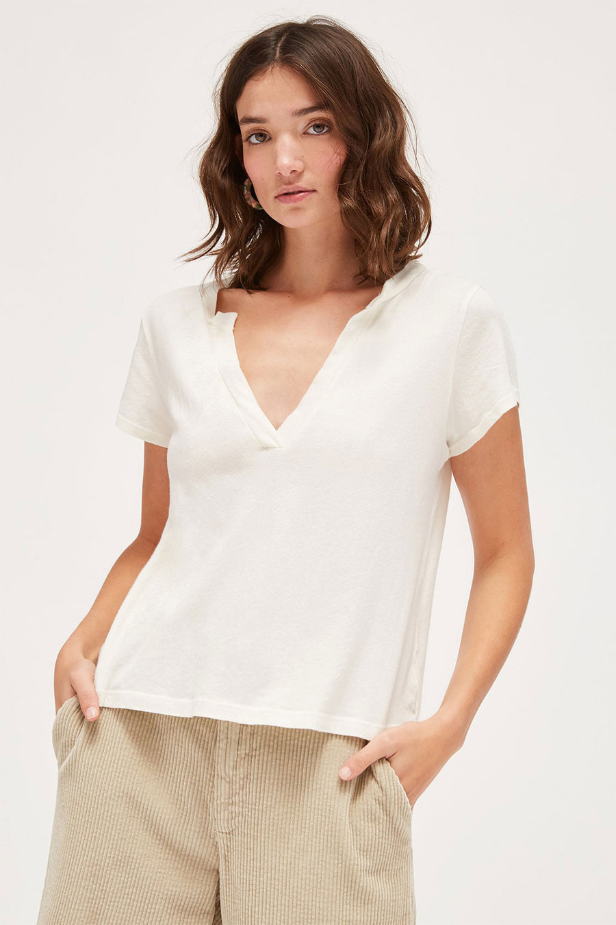 Relaxed Baby V | White | Tops NZ | LACAUSA NZ | Black Box Boutique Auckland | Womens Fashion NZ