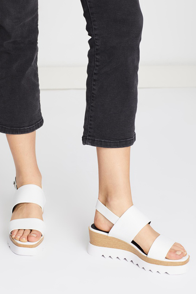 TRACI WEDGE | WHITE
