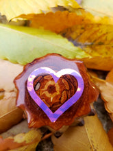 Load image into Gallery viewer, Pink holographic heart outline pinecone pendant