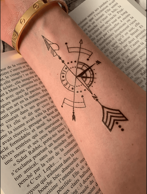 Geometric Compass Temporary Tattoo