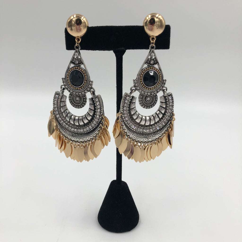 Glamorous Gitana Earrings