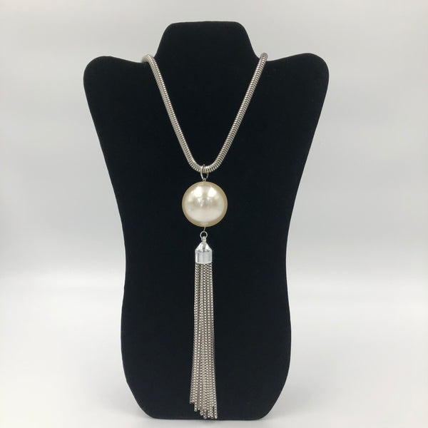 Big Pearl Tassel Necklace