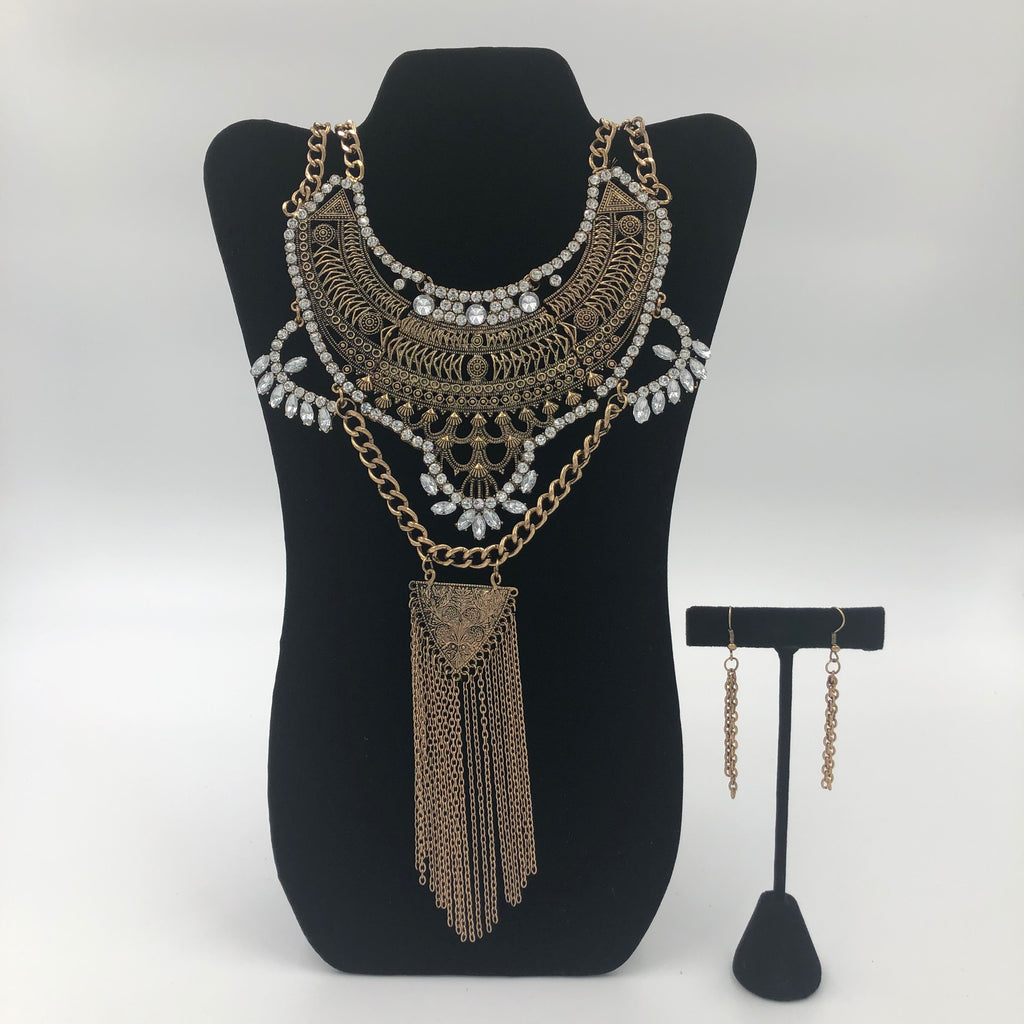 Elegant Cleopatra Necklace Set