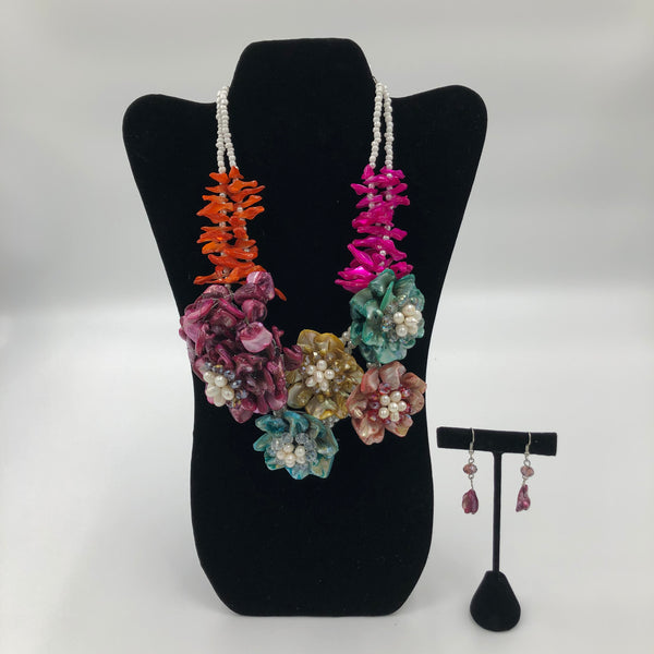 Multicolor Coral Flower Necklace Set