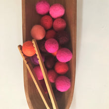 Load image into Gallery viewer, Felt balls - Sensory Play